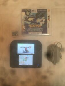 Nintendo 2ds with 2 games and charger