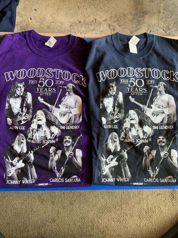 2 ---Woodstock T-SHIRT 1969 JIMI HENDRIX,CARLOS SANTANA,JANIS JOPLIN Size Medium