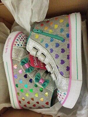 Little Girls Fancy Shoes (Skechers Little Girl's Fancy Flutters Gray/Multi Light Up Sneakers)