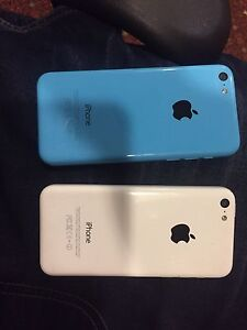 iPhone 5c 16GB Blue or White (with case)