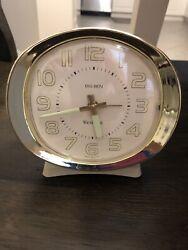 VINTAGE WESTCLOX  BIG BEN WIND UP ALARM CLOCK WITH GLOW IN THE DARK HANDS