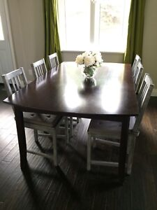 Dining table - CHAIRS NOT INCLUDED