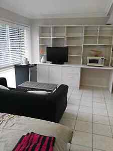 Spacious studio with nice breeze for rent Eight Mile Plains Brisbane South West Preview