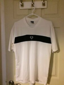 Men's White and Black Nike t shirt