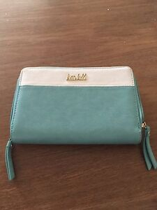 Wallet Woodberry Maitland Area Preview