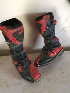 Size 6 Thor motocross boots