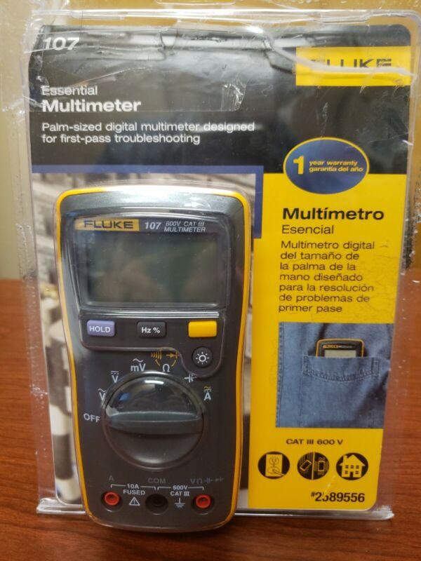 Fluke 107 600v CAT III Multimeter Handheld