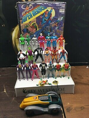 Vintage 1984/85 Kenner DC Super Powers Action Figure Lot Of 20 plus case