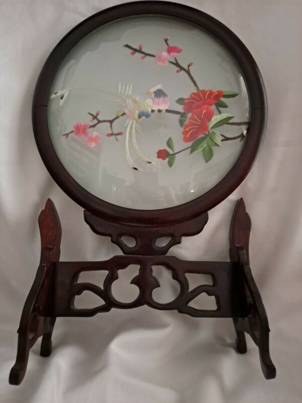 Vintage Chinese Suzhou Double Sided Silk Screen Embroidery Wooden