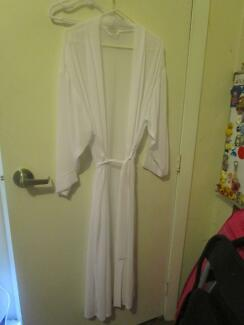 Women's Lovable See Through Dressing Gown (Large) ***NEW***
