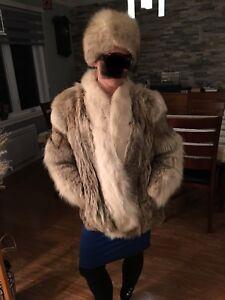 Manteau et chapeau de fourrure vintage