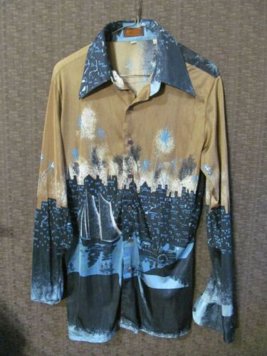 60s/70s Vintage Letoile The Star Large Button Up Collared Cityscape Nylon Shirt