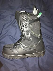burton snow boarding boot never worn with box Peterborough Peterborough Area image 3