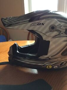 Jr dirt bike helmet