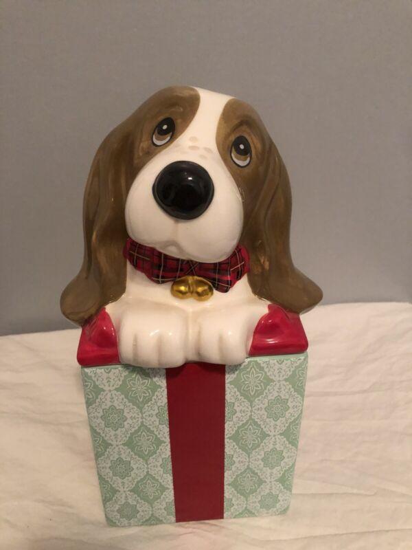 Pioneer Woman Charlie Beagle Bassett Hound Puppy Christmas Ceramic Cookie Jar