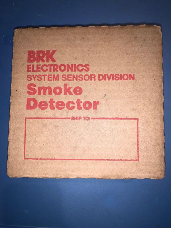 VINTAGE BRK SYSTEM SENSOR DIVISION 2824 UI PHOTOELECTRIC DETECTOR NEW OLD STOCK