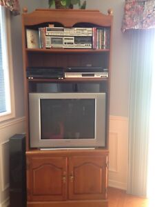 Roxton Maple TV /Book/Display Case