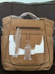 Abercrombie and Fitch Parker leather purse