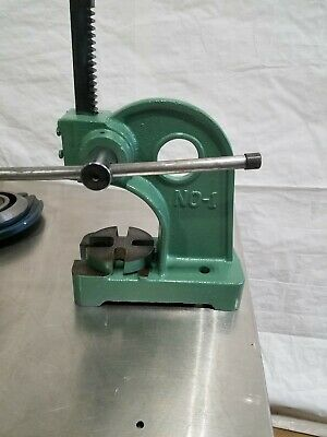 Arbor Press Bench Top No. 1 5 Opening Bending Stamping Metal Forging
