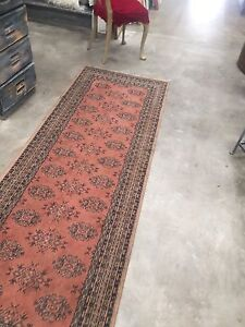 Vintage rug Kealba Brimbank Area Preview