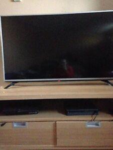"Televison LG HD 1080 p 49"""