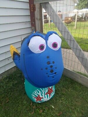 3.5 FT LONG LIGHTED DISNEY CHRISTMAS FINDING DORY NEMO INFLATABLE BY GEMMY