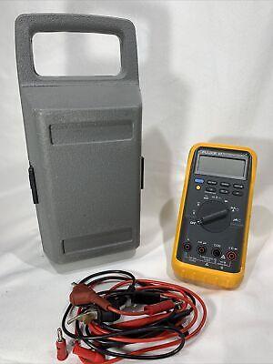 Tested - Fluke 87 True Rms Digital Multimeter W Hard Case Accessories - Z