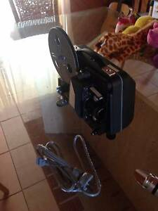 Raynox S-202 8mm Film projector Tewantin Noosa Area Preview
