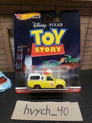 Hot Wheels Toy Story Pizza Planet Truck Retro Entertainment Disney New 2020