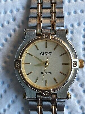 Vintage Antique Old Gucci 1100 Ladies Watch