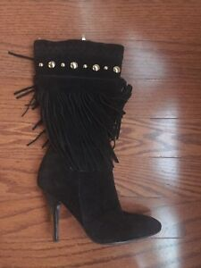 Guess boots size 6