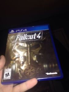 Fallout4 & NHL15 *mint barely played*