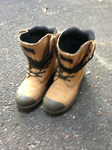 Hard to find Men's Size 6 Work Boots