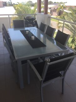 8 seater outdoor table