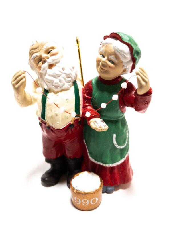 1990 Hallmark Keepsake Ornament-Magic Santa & Ms Claus