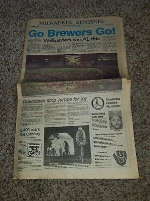 1982 Milwaukee Brewers Win Pennant Full Newspaper