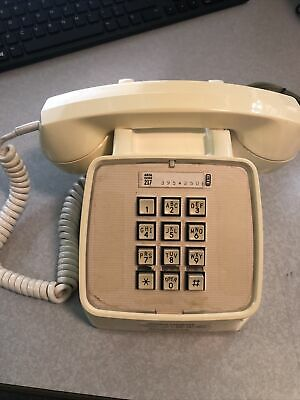 Vintage GTE Desktop Telephone Phone Ivory push button Model RJ110
