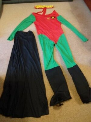 Mens Robin (From Batman) Fancy Dress Costume, with Black cape and Mask