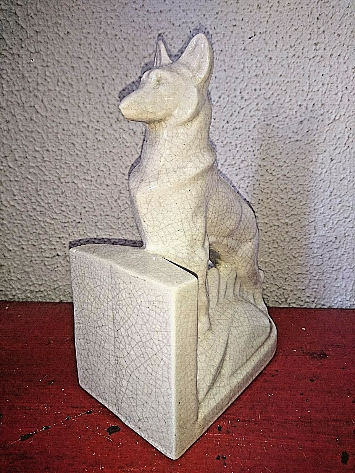 Ancienne belle figurine statuette un chien berger allemand faience craquele 1930