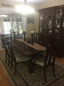 Solid wood dining room table, 6 chairs, buffet and hutch
