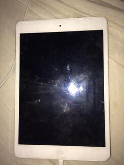 iPad mini WHITE 32GB 3rd generation