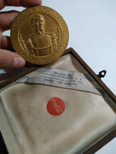 Coca cola antique vintage medal collection 1954 opening plant argentina