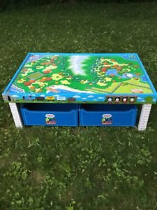 Thomas the tank engine train table with storage carts
