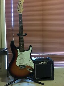 Electric guitar + amp + stand Harrington Park Camden Area Preview