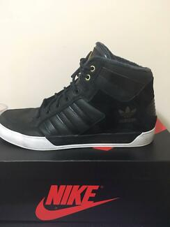 Adidas HardCourt Hi US10.5 STEAL OF A PRICE