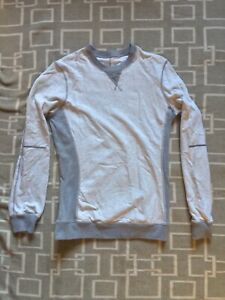 Lululemon Women's sweater size 4