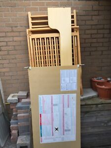 Great condition wooden crib