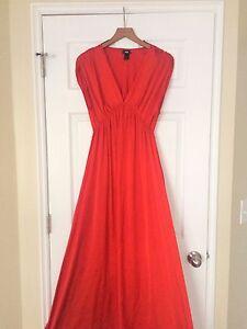 Red elegant H&M Maxi dress.