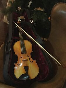 """NEW 15.5"""" Czechoslovakian viola with 2nd hand case and bow Tennyson Brisbane South West Preview"""