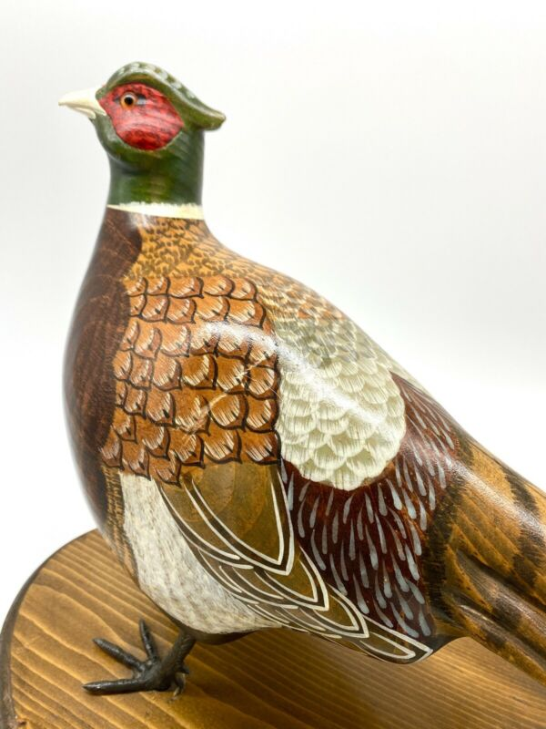 PHEASANT Decoy Hand carved Duck Hunting Lodge By Vicki Hughes Large Bird Dog